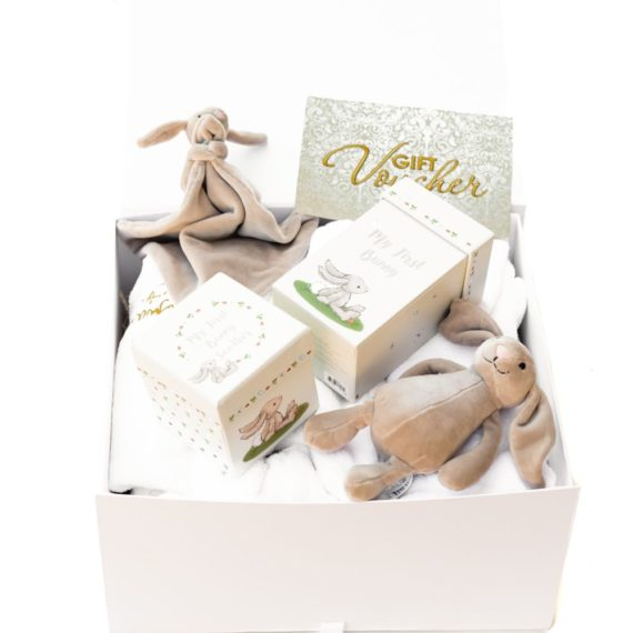 The 'Ultimate' Mum-To-Be Gift Box